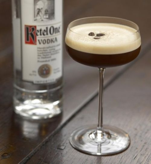 Espresso_Martini_with_bottle1